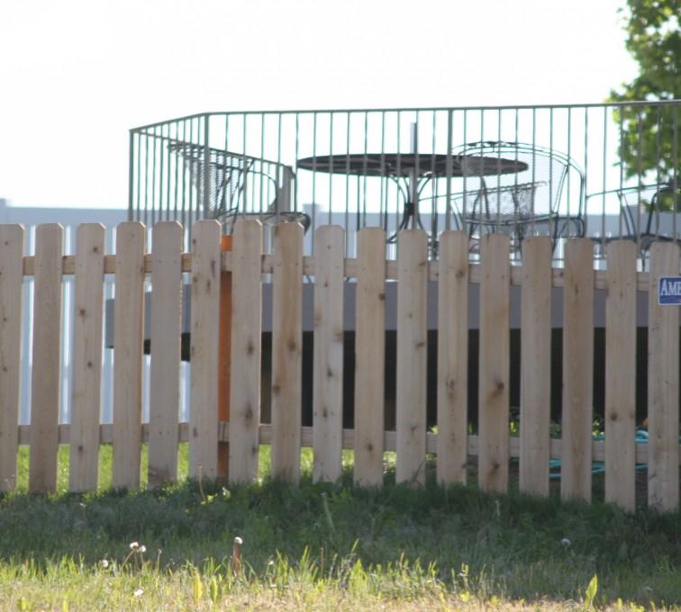 AFC Grand Island - Wood Fencing, 1003 4' picket