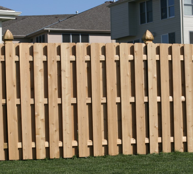 AFC Grand Island - Wood Fencing, 1008 6' board on board