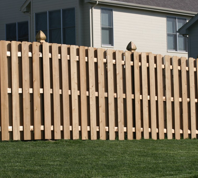 AFC Grand Island - Wood Fencing, 1009 6' board on board