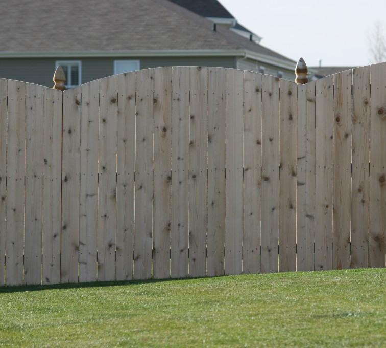 AFC Grand Island - Wood Fencing, 1020 Wood 6' overscallop solid
