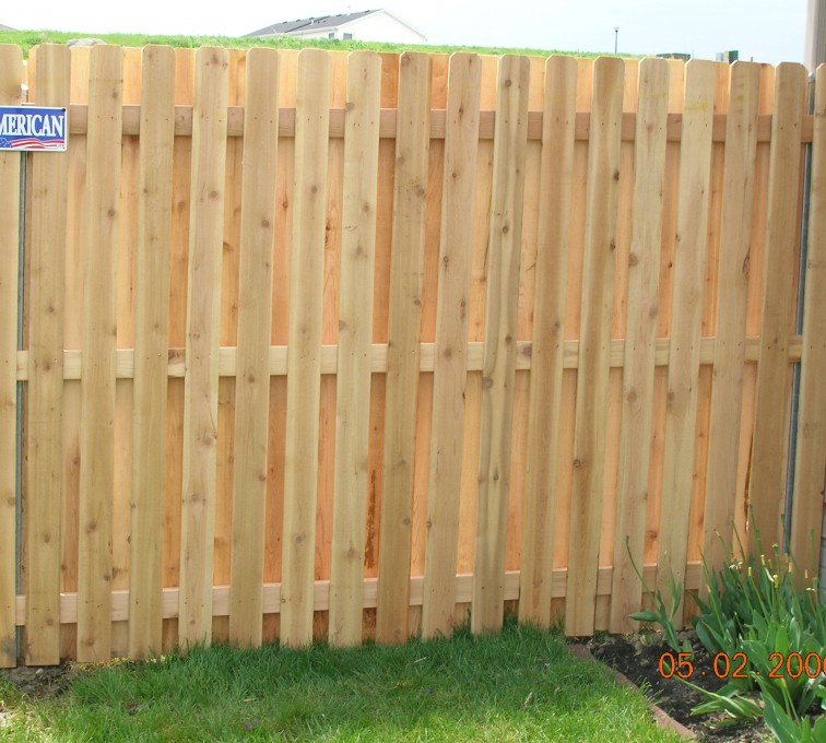 AFC Grand Island - Wood Fencing, 1049 1x4x4 Board on board