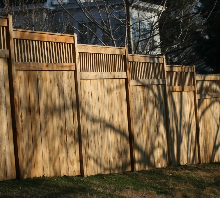 AFC Grand Island - Wood Fencing, 1055 Custom Solid with Accent Top