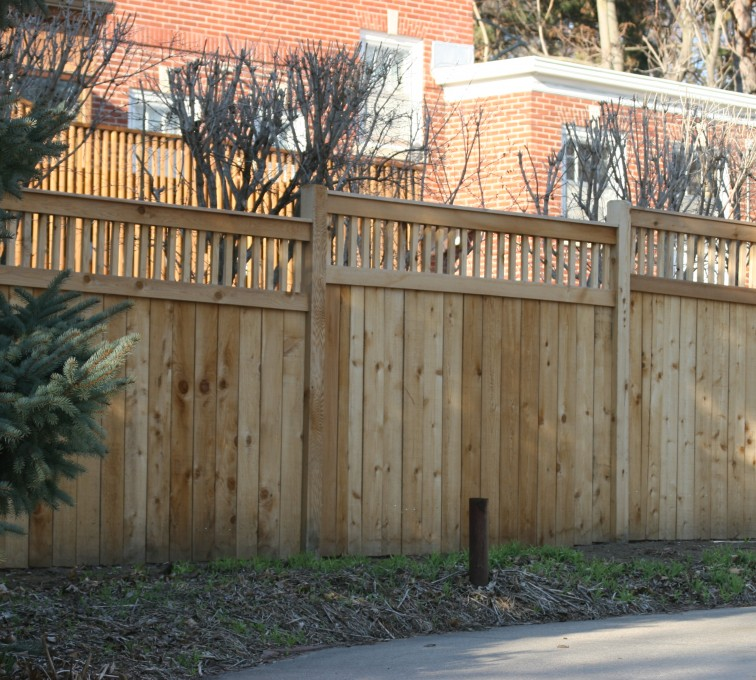 AFC Grand Island - Wood Fencing, 1062 Custom Solid with Accent Top