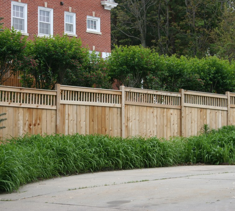 AFC Grand Island - Wood Fencing, 1063 Custom Solid with Accent Top