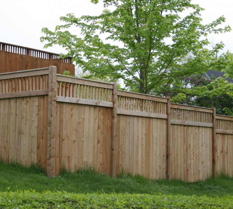 AFC Grand Island - Wood Fencing, 1067 Custom Solid with Accent Top