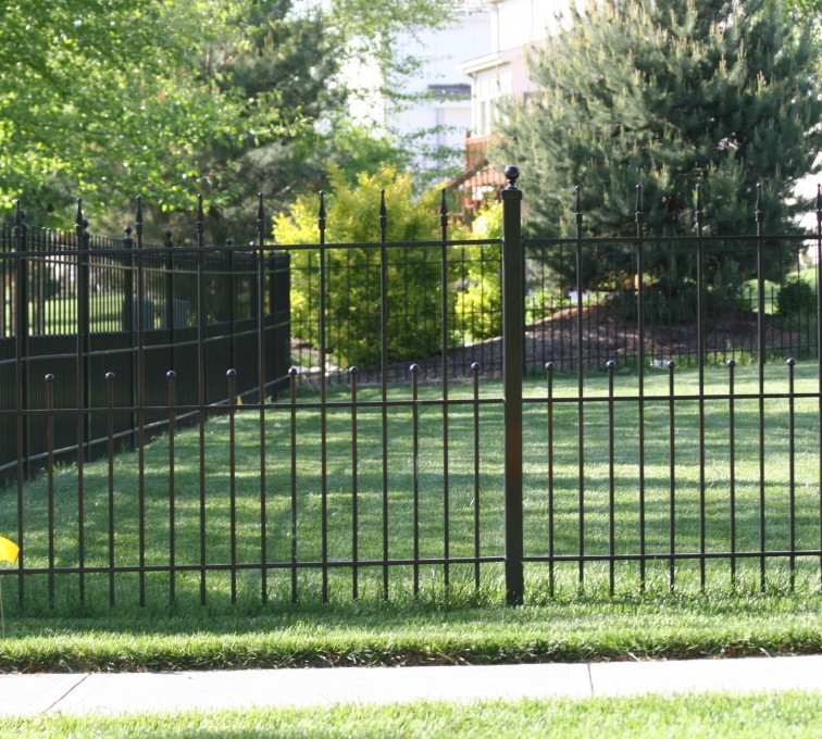 AFC Grand Island - Custom Iron Gate Fencing, 1204 Alternating pickets with balls and quadflare
