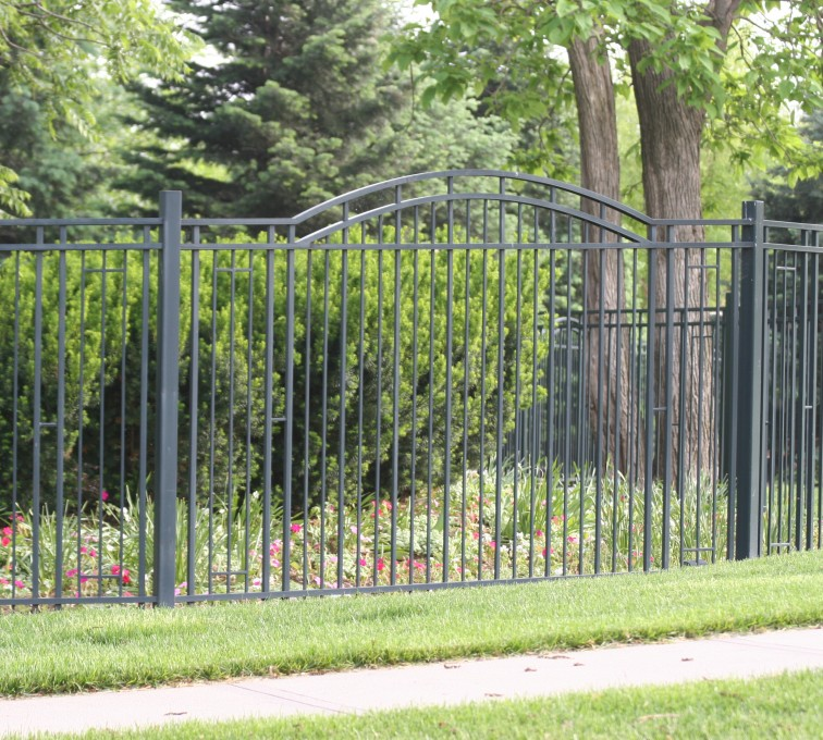 AFC Grand Island - Custom Iron Gate Fencing, 1215 Overscallop panel