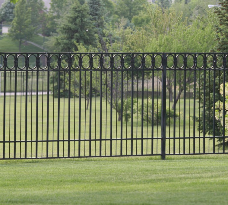 AFC Grand Island - Custom Iron Gate Fencing, 1216 Alternating Picket with Ovals