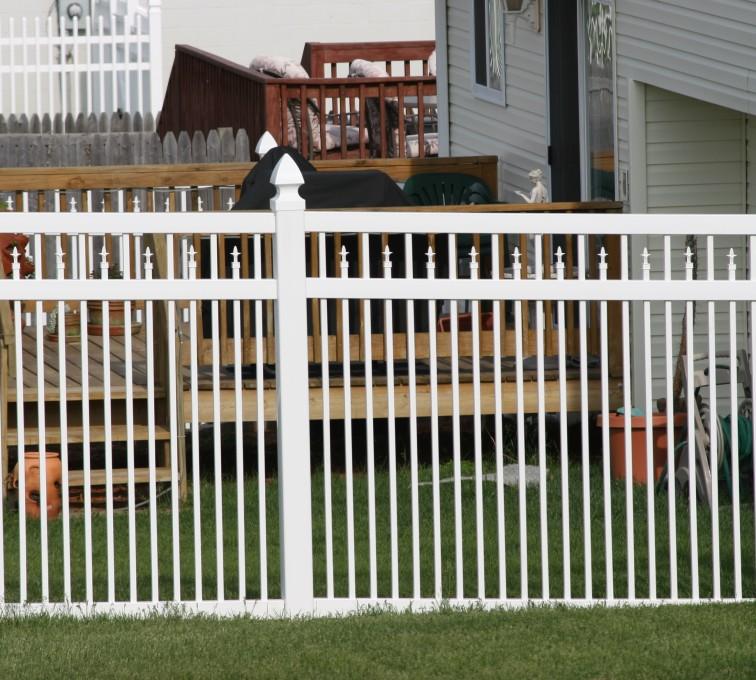 AFC Grand Island - Vinyl Fencing, 4' Ornamental Picket Conquer 854
