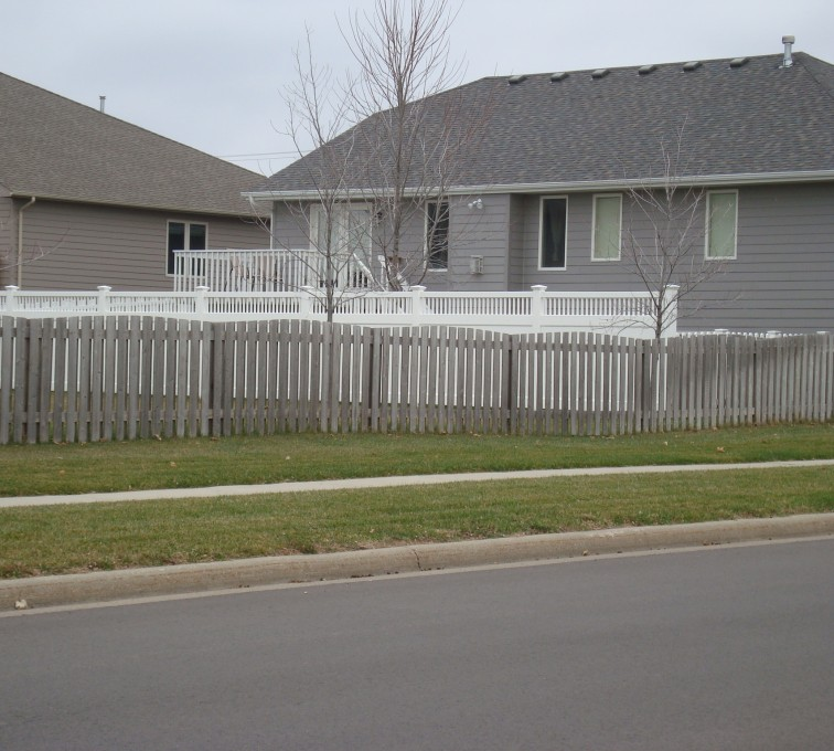 AFC Grand Island - Wood Fencing, Cedar Picket Over Scallop AFC, SD