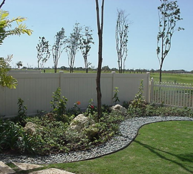 AFC Grand Island - Vinyl Fencing, Solid Privacy and Picket (607)